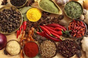 Comer ciertas hierbas y especias