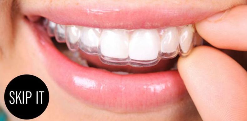 Es blanquear los dientes en casa posible