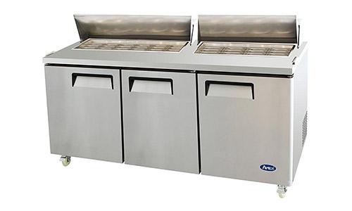 1. Mesa de preparación de sándwich / ensalada Mega Top de acero inoxidable Atosa USA MSF8308