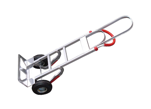 Camión de mano Tyke Supply para escaleras de aluminio.
